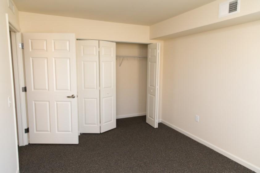 Wstamp-Bedroom